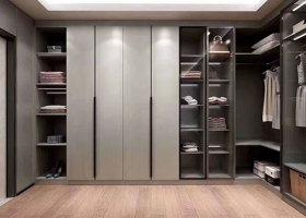赣州华永居建材:定制衣柜如何划分区域?