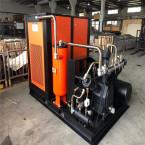 PET吹瓶螺杆增压空压机的领域应用