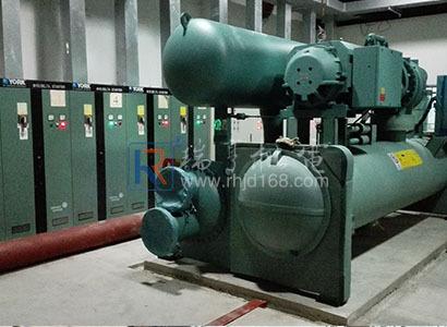 惠州高新區某廠增加約克制冷螺桿制冷主機系統工程