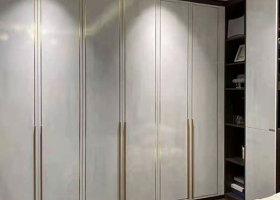 延长整体定制衣柜的使用寿命方法-赣州华居红板材专业健康生态板