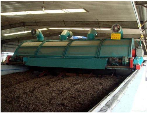 槽式翻抛机猪场堆肥模式