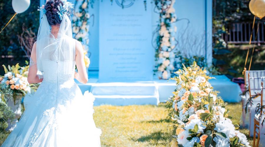 炎炎夏日,也能让你拍出清新自然婚纱照的小妙招